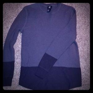 Two tone gray waffle pattern H&M sweater